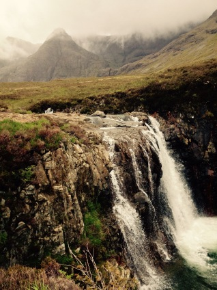 An t-Eilean Sgitheanach - The Fairy Pools